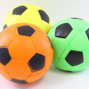 כדור ספוג צבעוני
