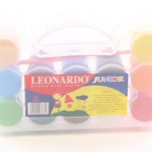 צבעי גואש במזוודה – לאונרדו