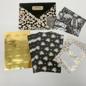 דפי עיצוב + מדבקות+מעטפות במעטפה שחור זהב