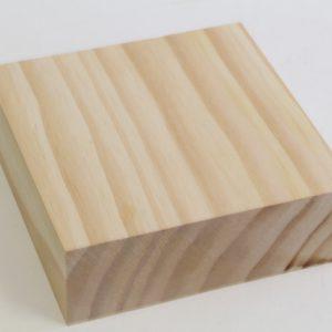 קוביית עץ אורן מרובע 15X15