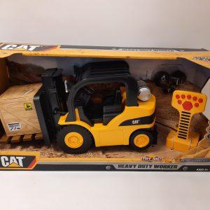 CAT – מלגזה ענק + שלט