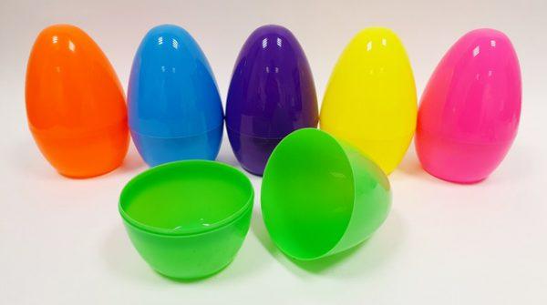 ביצה פלסטיק נפתחת קטנה
