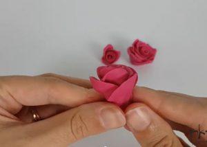 הכנת גינת פרחים מפלסטלינה
