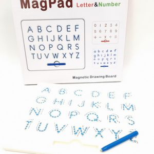 לוח עט מגנטי - אותיות אנגלית גדולות